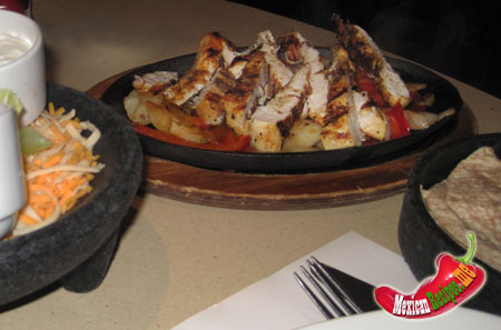 restaurant chicken fajitas